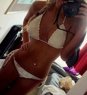 Cheryl is looking for adult webcam chat