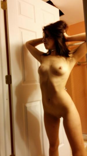 Chanda from Klawock, Alaska is looking for adult webcam chat