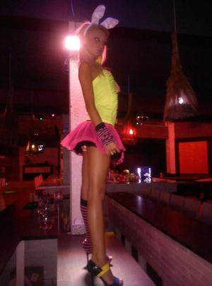 Lynsey from Moseley, Virginia is looking for adult webcam chat
