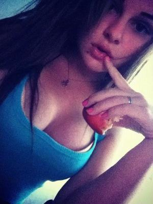 Rosenda is looking for adult webcam chat