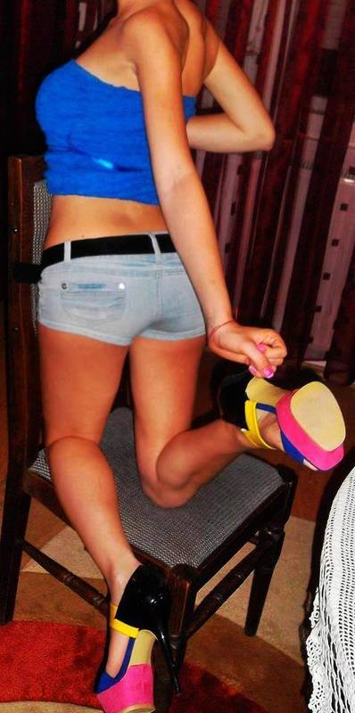 Sachiko from New Haven, Connecticut is looking for adult webcam chat