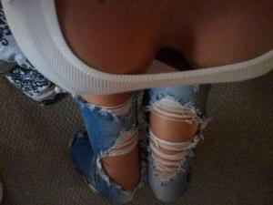 Belva from Notus, Idaho is looking for adult webcam chat