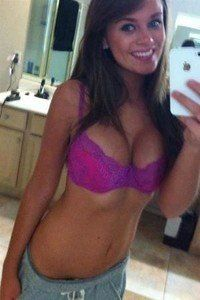 Jaqueline from Centralia, Washington is looking for adult webcam chat