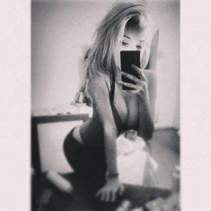 Claudie from Rochester, Washington is looking for adult webcam chat